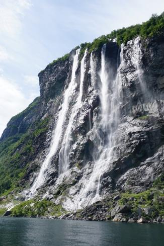 Seven Sisters Falls