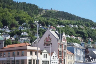 Floibanen with viewing platform at the top
