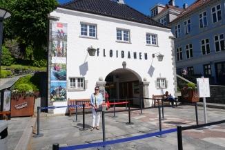 Entrance to Floibanen